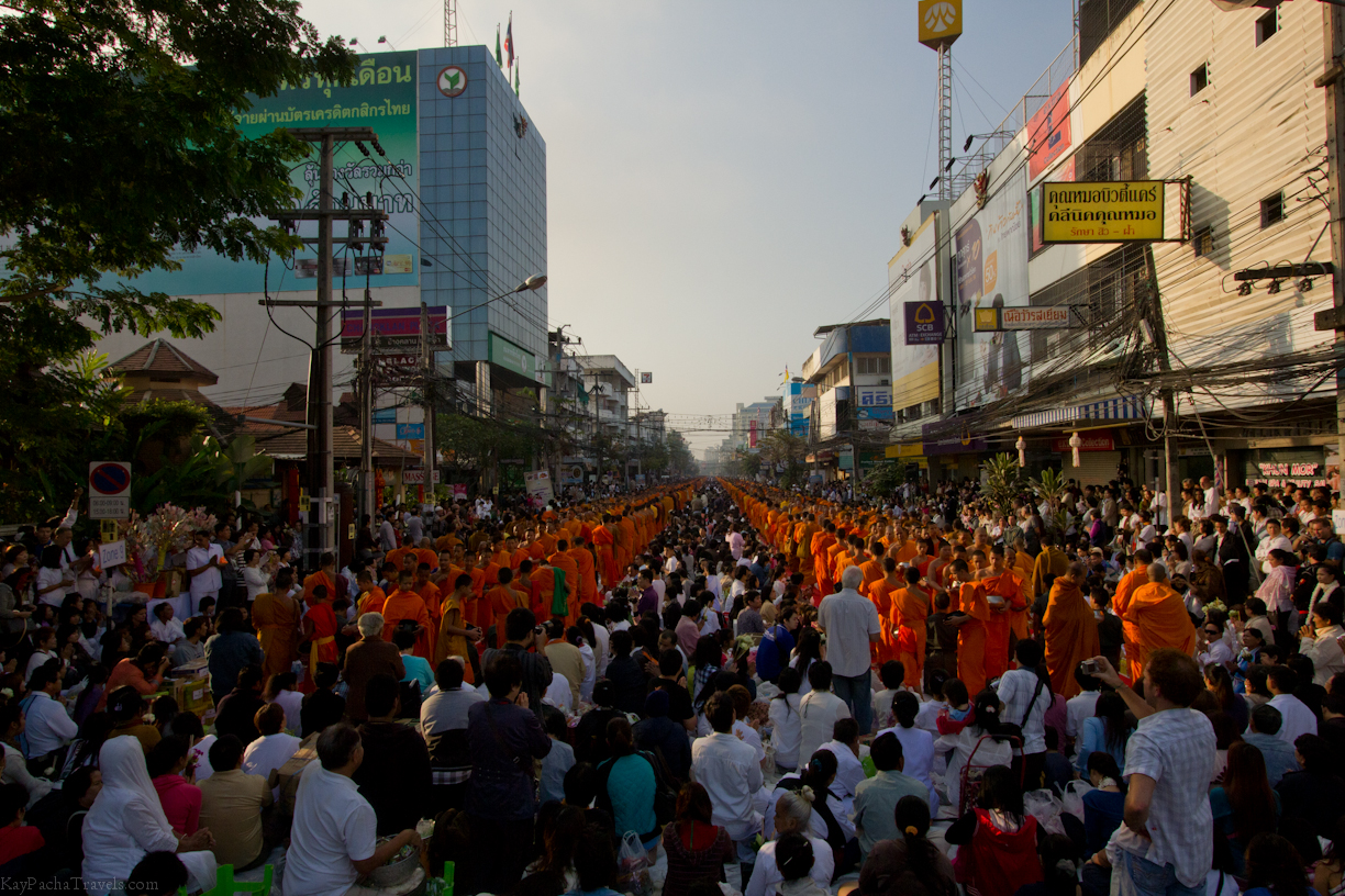 Photo Flashback of the week: 12,600 Monks in Thailand