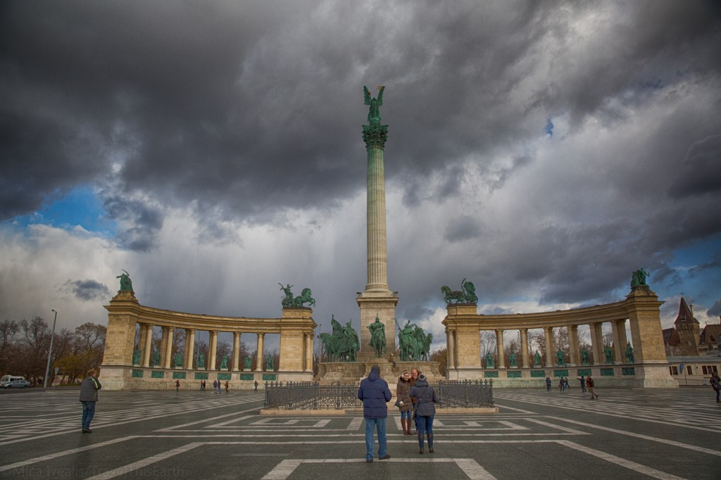Friday Snapshot: Hősök tere (Heroes' Square)