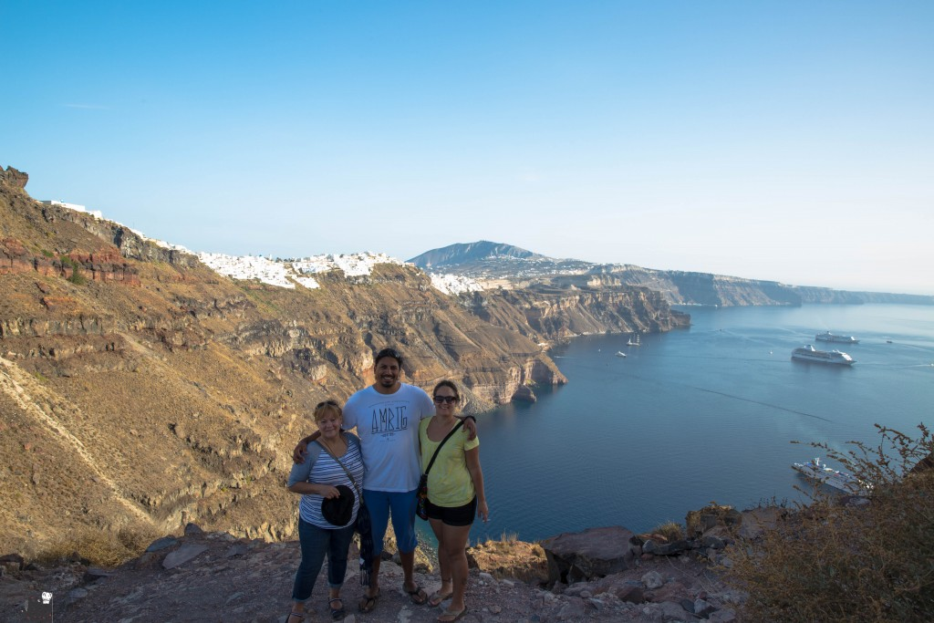 A mini guide to Santorini